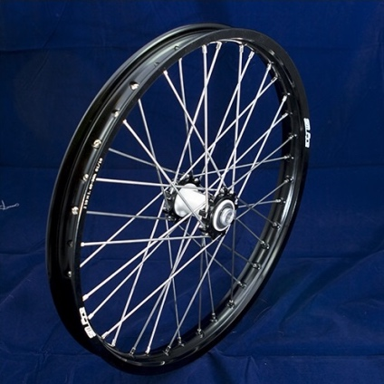"19"" Front Wheel JR with Black Rim and Black Hub"