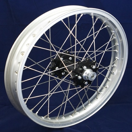 "19"" Rear GP Wheel with Anod Silver Rim & Black Hub"