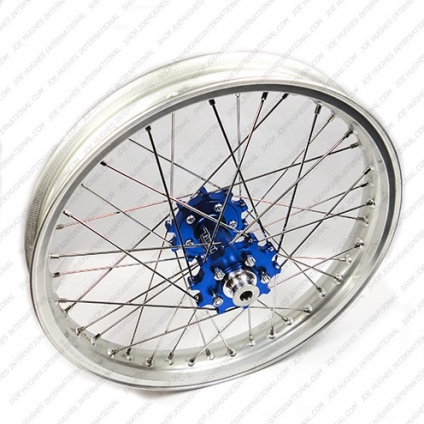 "19"" Rear STD Wheel with Anod Silv Rim & Blue Hub"