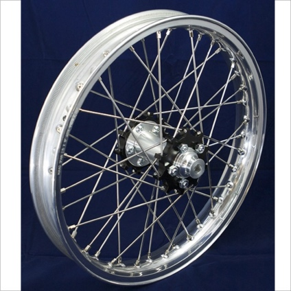"19"" Rear STD Wheel with Silver Rim & Black Hub"